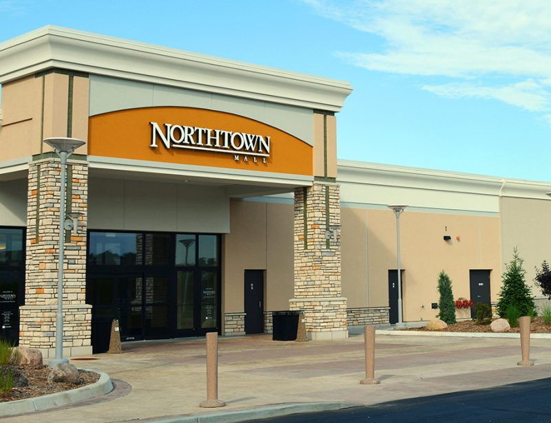 Northtown Mall Entry Concourse Architecture